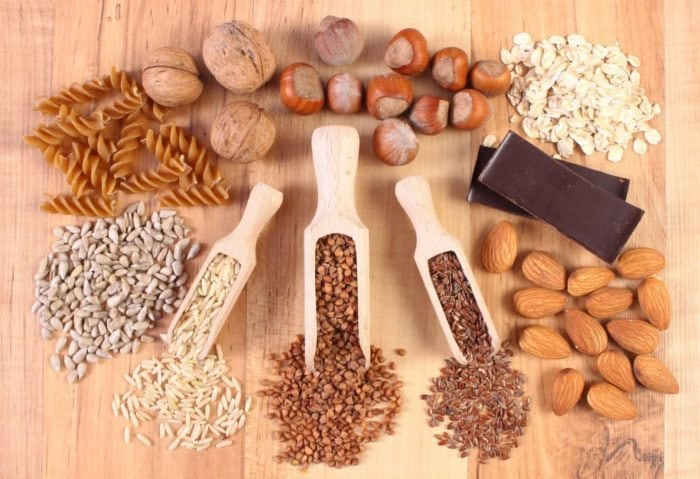 Ingredients and products containing magnesium and dietary fiber